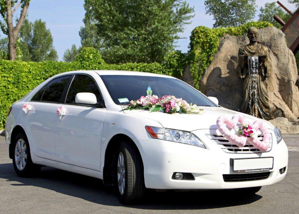 Аренда автомобилей для свадеб и мероприятий