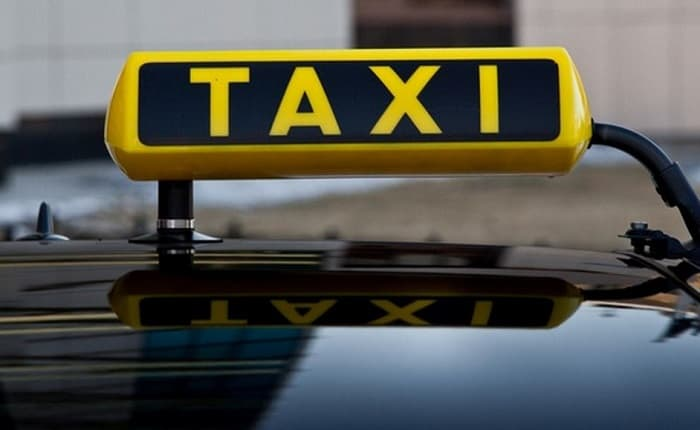 Как сдать авто в аренду такси в Москве